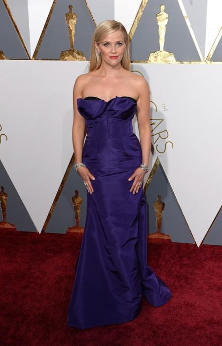Oscar 2016 Reese Witherspoon vestida Oscar de la Renta