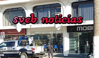 "Dan ""cristalazo"" a tienda de accesorios para celular Mobo en Veracruz"