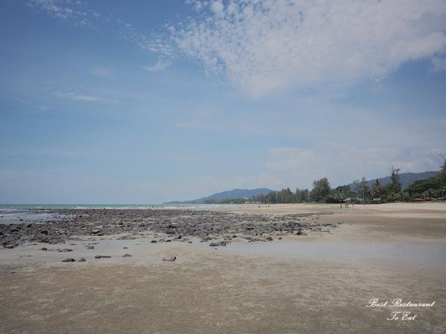 Pantai Batu Hitam Beserah Kuantan Pahang