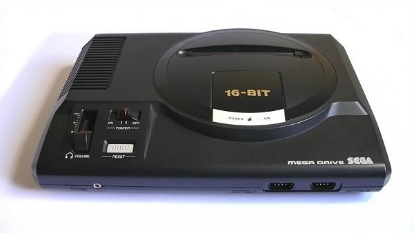 A mítico Mega Drive receberá dois novos modelos que virão com 80 jogos pré-instalados. Um deles será para jogar em casa e outro portátil.
