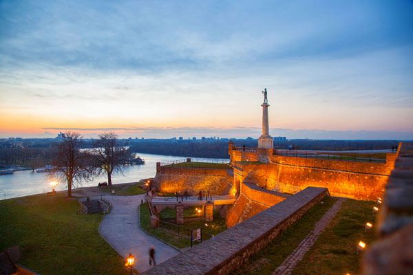 belgrade-kalemegdan-fortress-night