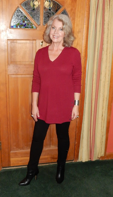 how to wear a tunic if you are petite