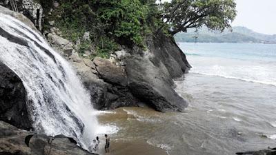akcayatour, Travel Malang Jogja, Pantai Banyu Anjlok, Travel Jogja Malang