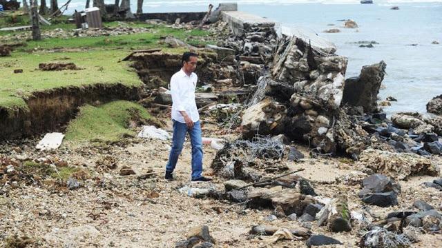 Video Ini Ungkap Foto Jokowi Tinjau Lokasi Tsunami Selat Sunda, Ferdinand: Saya Muak!