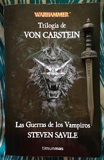Portada de la edición ómnibus de la Trilogía von Carstein: Las guerras de los vampiros, de Steve Savile