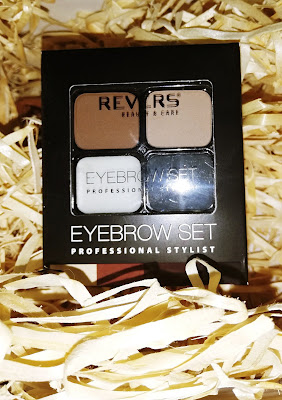 Recenzja: Cienie do brwi EYEBROW SET – PROFESSIONAL STYLIST- Revers Cosmetics