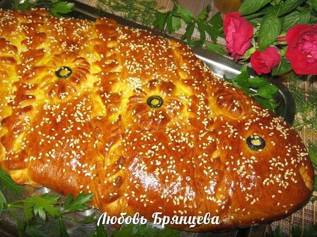 дрожжевой пирог с лососем