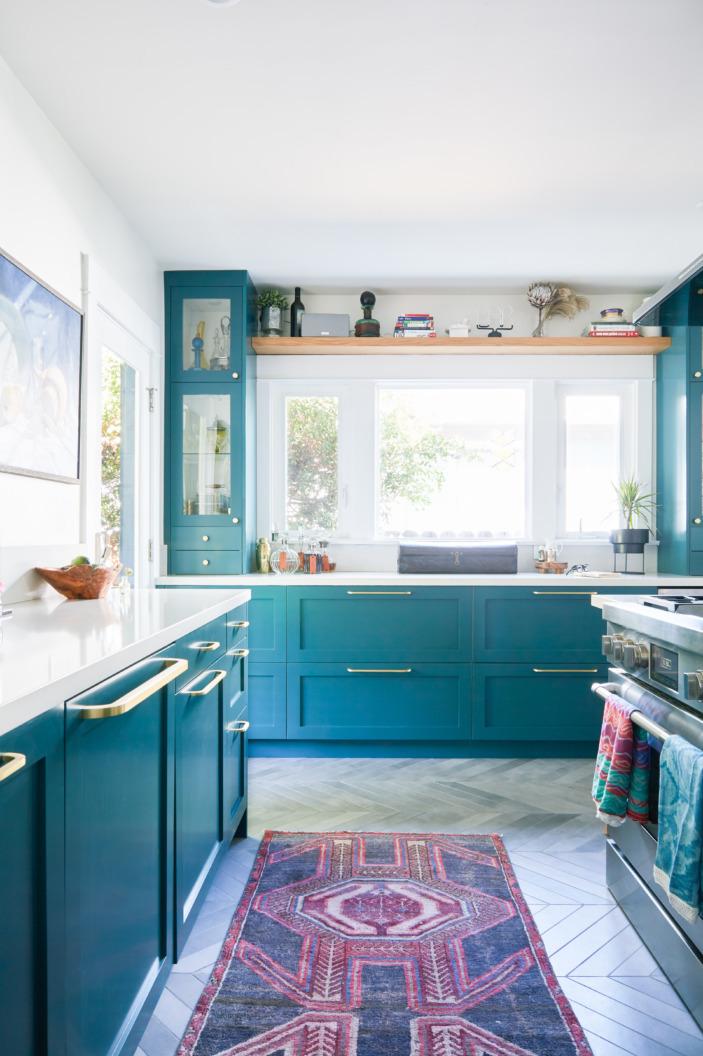 Каліфорнія. Будинок з синьою кухнею