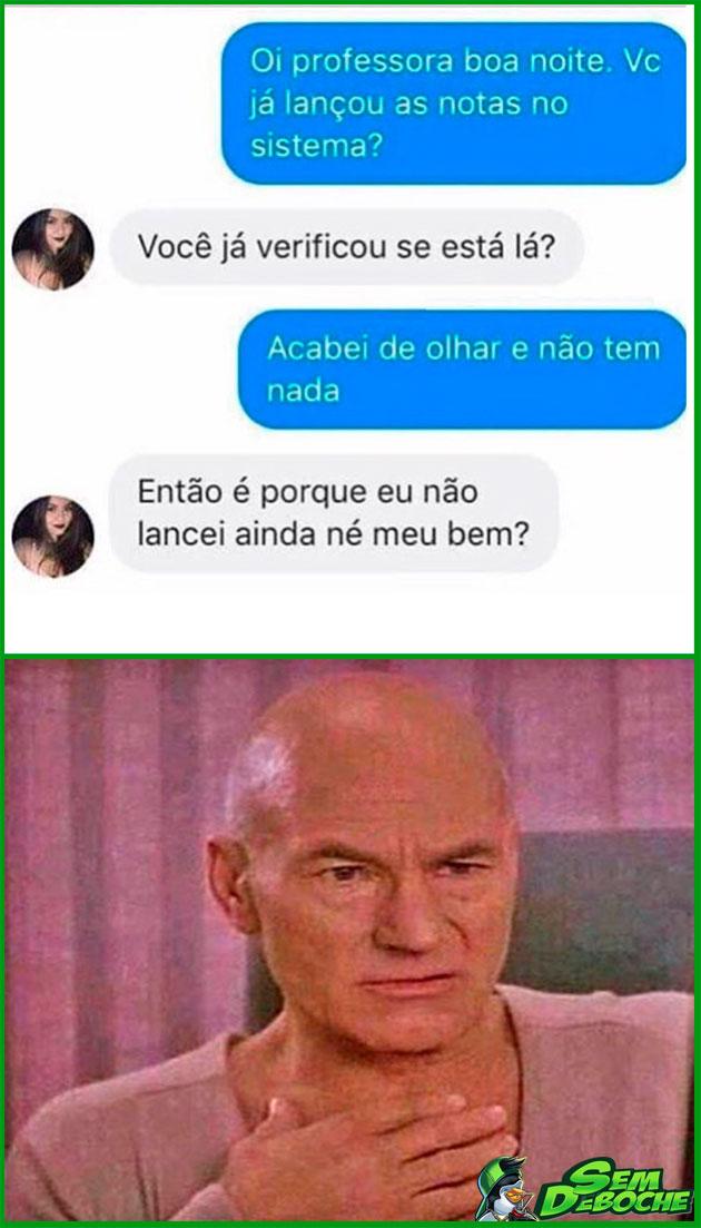 TOMANDO UM FORINHA DA PROFESSORA