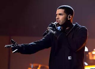 Rapper Drake breaks AMA record