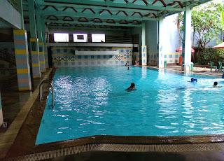 kolam indoor pola bugar