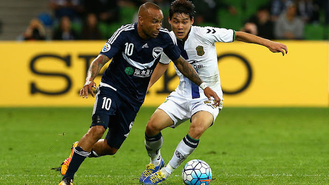 Melbourne Victory's talisman Archie Thomson played his last home game against Jeonbuk Hyundai Motors  (Photo Credit: SBS)