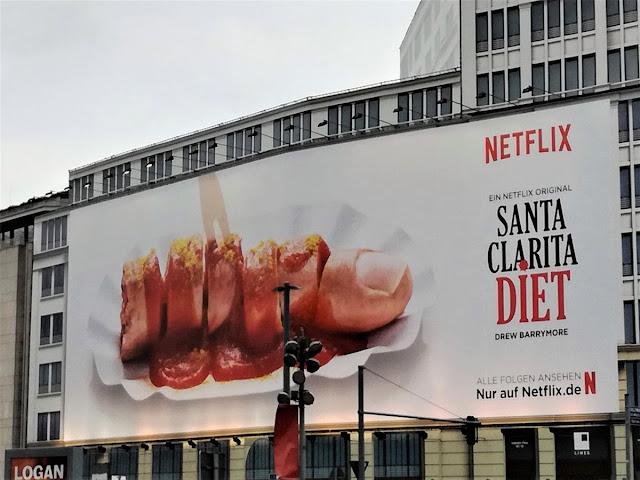 Cartel publicitario Santa Clarita Diet