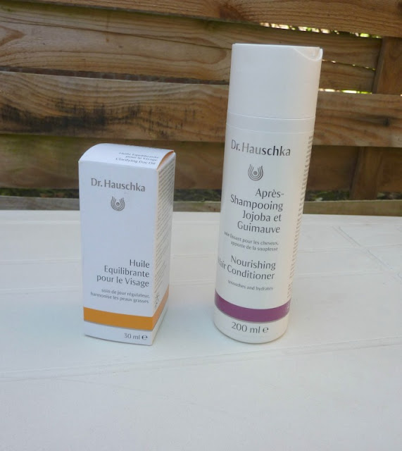 dr-hauschka-huile-equilibrante-visage-apres-shampoing