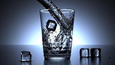 """""""Deberían estar más preocupados por el hielo en su bebida"""" (tongmaster)"""