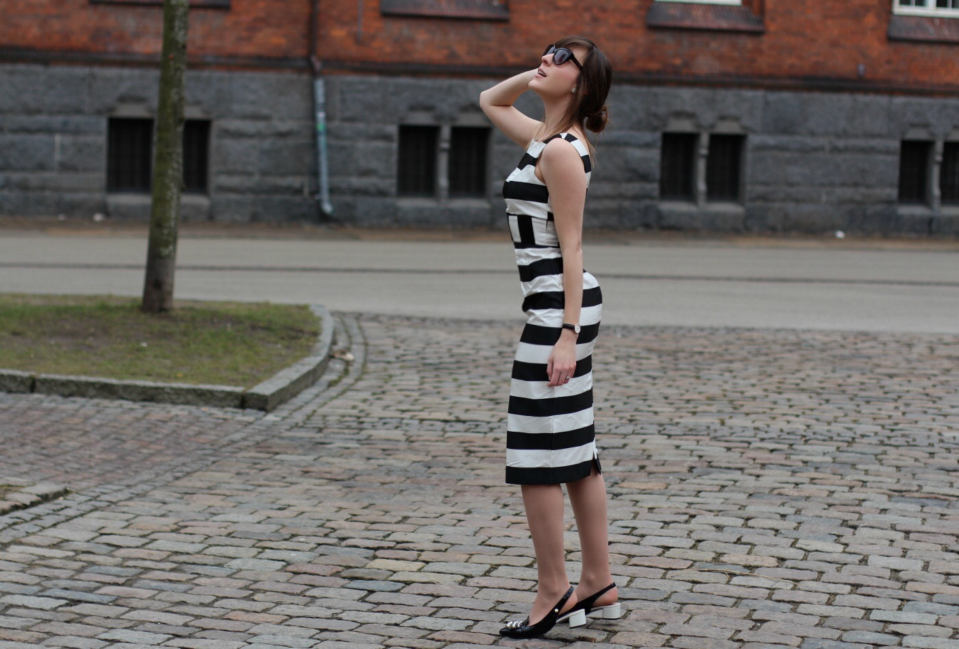 asos black and white dress and clarks v and a swixties sling shoes