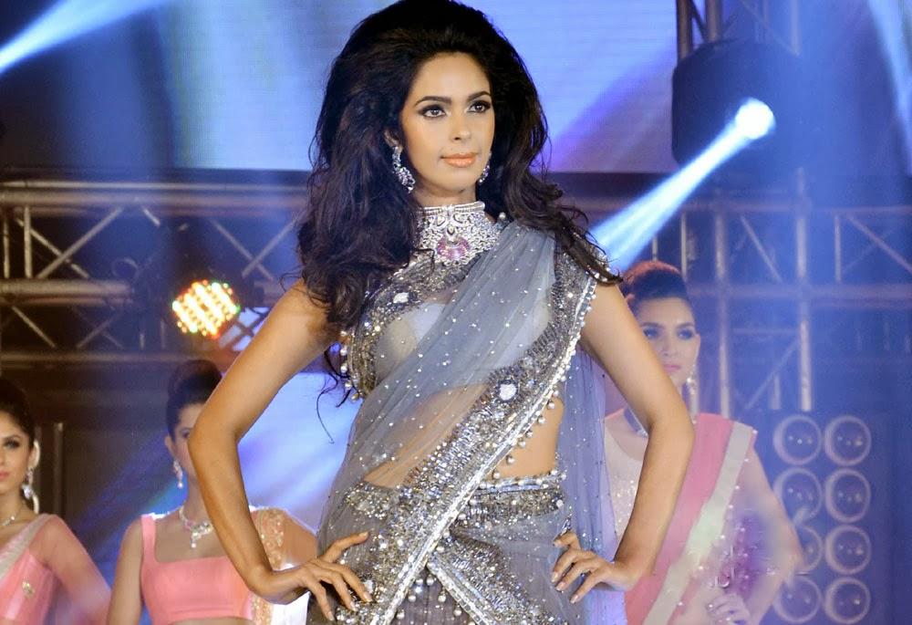 Mallika Sherawat waist, Mallika Sherawat sexy pics, Mallika Sherawat navel