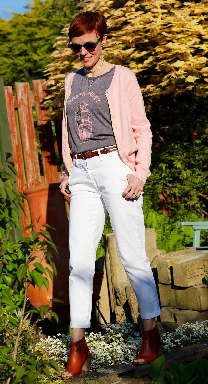 Fake Fabulous | Slogan T-shirt, White jeans, Tan peep-toe booties and green toes.
