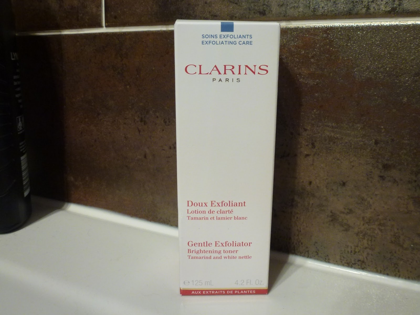 clarins-gentle-exfoliating-brightening-toner-review