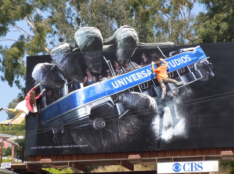 King Kong 3D mannequins billboard