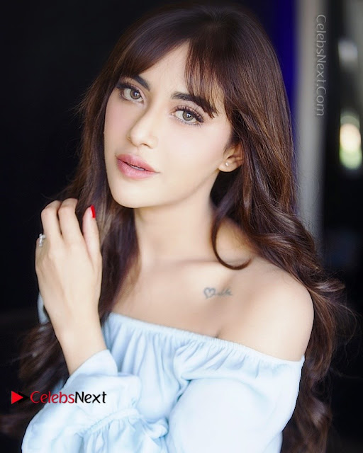Actress Angela Krislinzki Latest Exclusive Po Shoot Gallery .COM 0005.jpg
