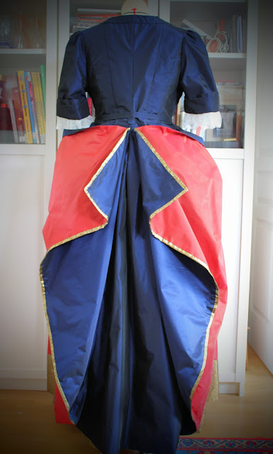 costume 17e et 18e par coututière sur mesure à Versailles 78