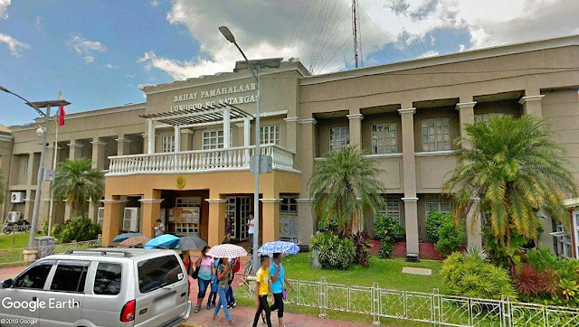 The Batangas City Hall.  Image source:  Google Earth Street View.