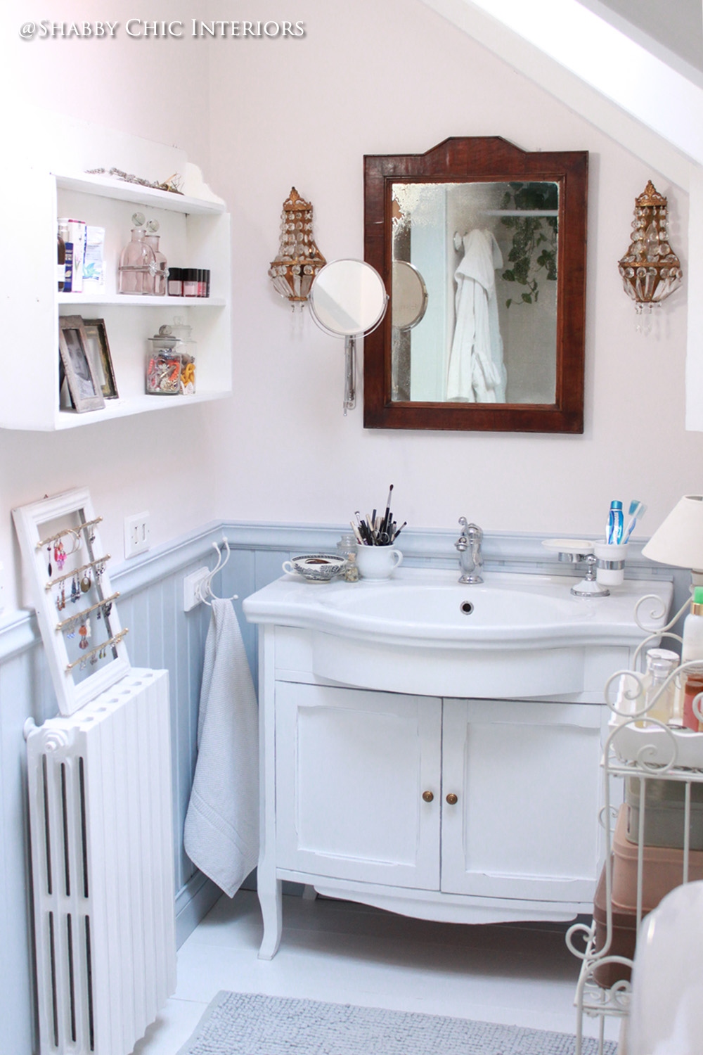 Un mobile lavabo, mille decorazioni - Shabby Chic Interiors