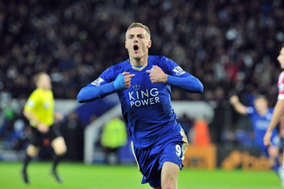 Leicester's Jamie Vardy wins FWA footballer of the year award