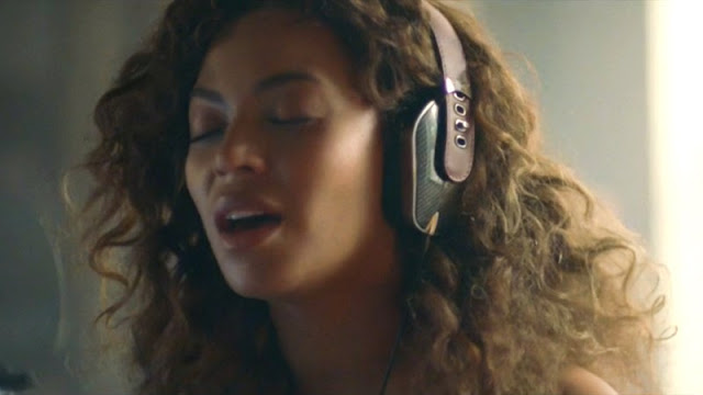 Video: Beyoncé - Sandcastles