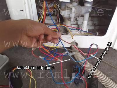 Mengganti dan memasang kapasitor mesin cuci