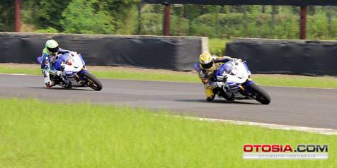 Pembalap Superbike Indonesia Masih 'Miskin' RPM di Tikungan