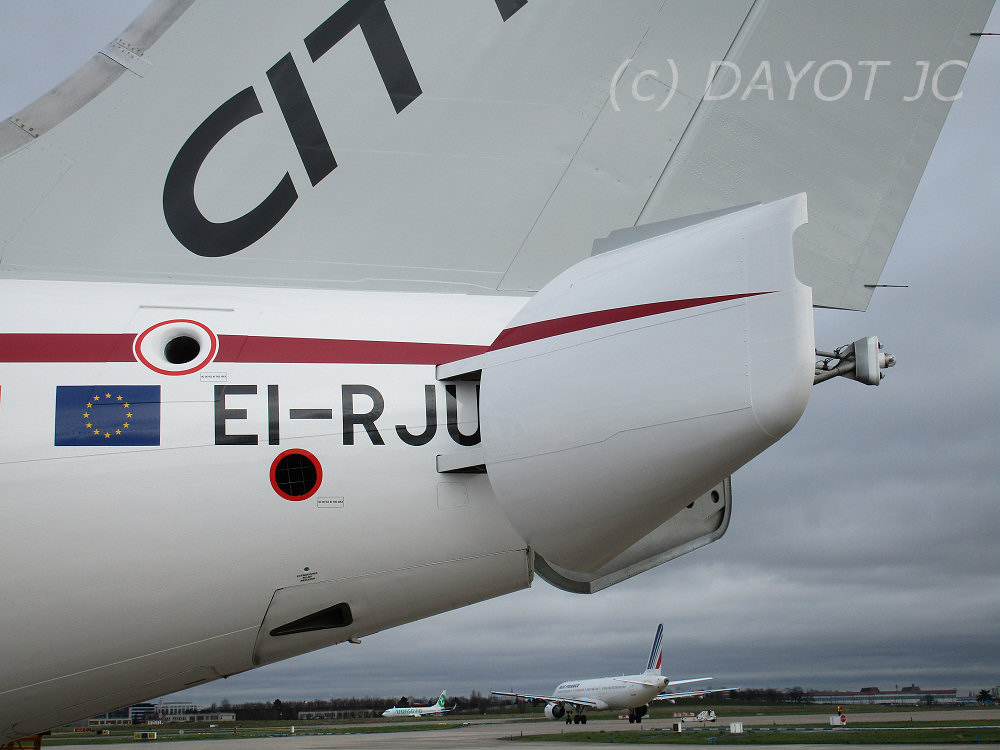 Aeroport paris orly cityjet journ e porte ouverte sur for Porte w orly