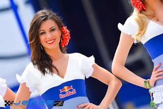 Beautiful & Hot Paddock Girls From Spain GP !