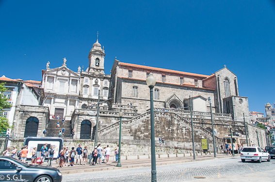 Que ver en Oporto en un dia. Exterior Iglesia de Sao Francisco