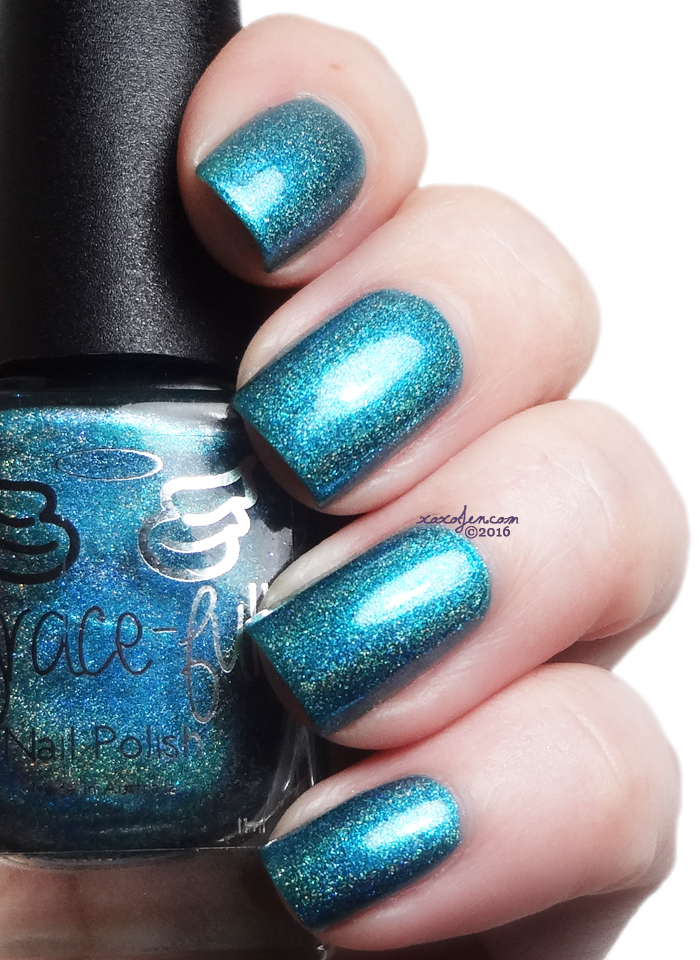 xoxoJen's swatch of Grace-full Daintree