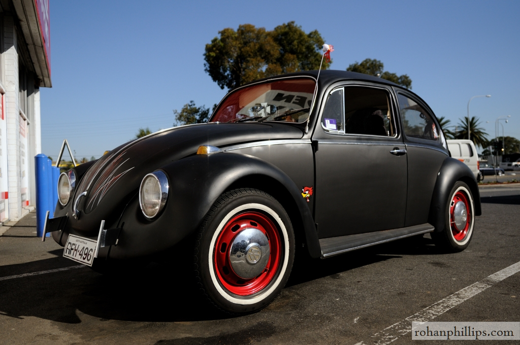 cars cameras chronic illness random car spotting volkswagen beetle rat bug