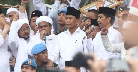Surati Presiden Jokowi, Pengacara Minta Kasus Habib Rizieq di-SP3
