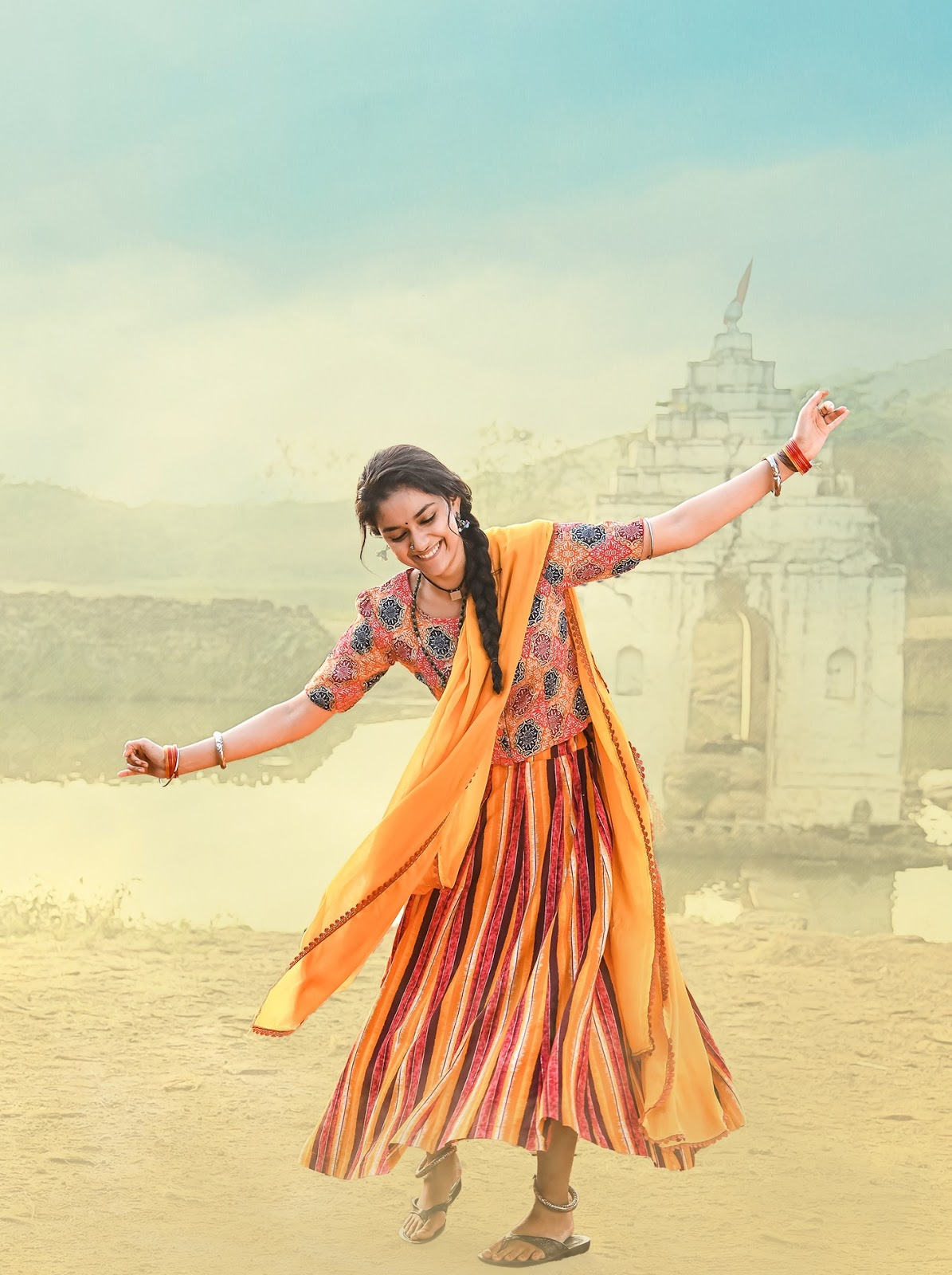 Keerthy Suresh with Awesome Dancing Steps from Good Luck Sakhi