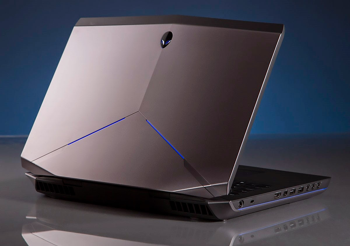 Alienware 17 back/lid view