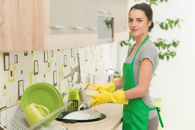 menjadi pembersih rumah dan apartemen