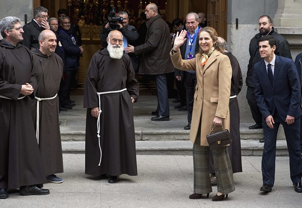 Princess Elena attended the traditional thanksgiving to Medinaceli's Christ at the Jesus of Medinaceli Church in Madrid.