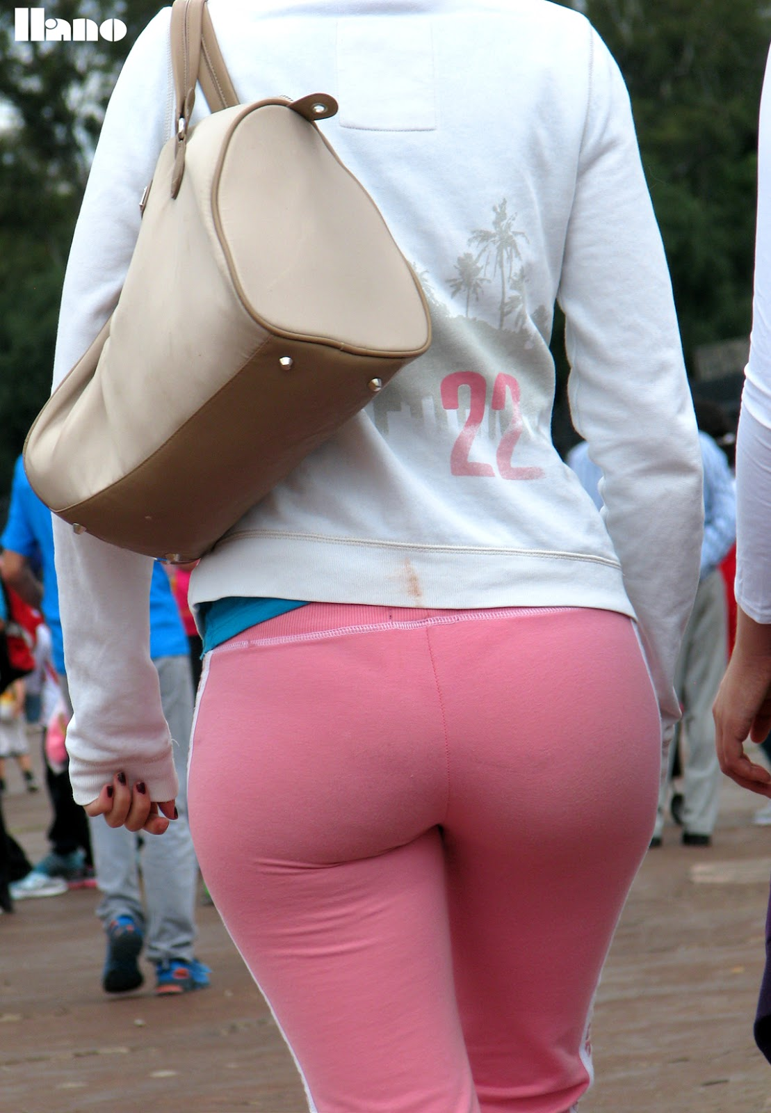 Ass in leggings
