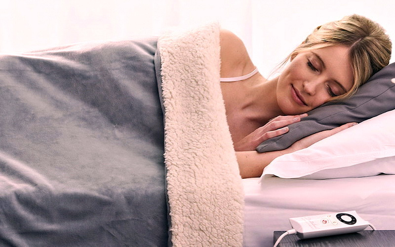 Πόσο ασφαλής είναι η ηλεκτρική κουβέρτα; Τι πρέπει να προσέχουμε;