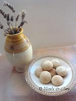 http://gliamicinoblogger.blogspot.it/2013/03/gli-amaretti-di-nicola.html