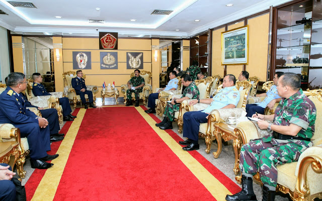 Panglima TNI : Pertahankan dan Tingkatkan Kerja sama Antara Kedua Angkatan Bersenjata