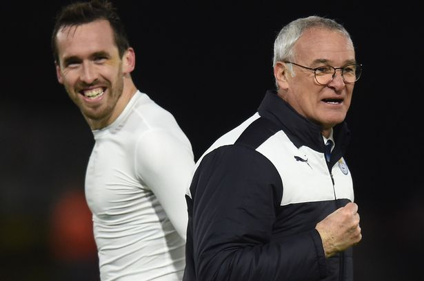 Sir Alex Ferguson believes Claudio Ranieri's Leicester will win the league at a canter