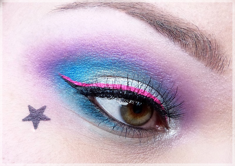 knalliges AMU mit Electric Palette