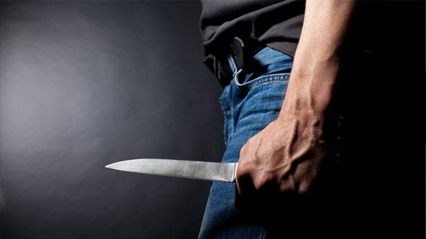 Βρέθηκε ο δράστης που μαχαίρωσε αλλοδαπό έξω από τη Λακκιά