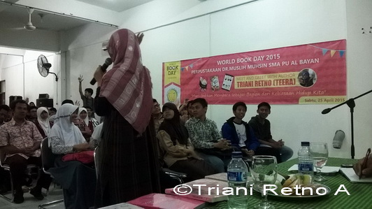 Meet The Author di SMA PU Al Bayan Sukabumi